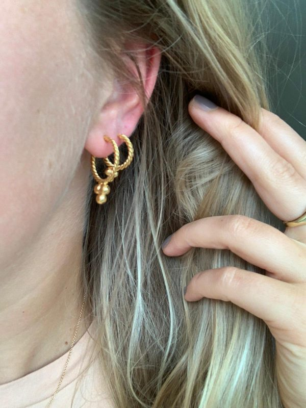 Vintage hoops small gold